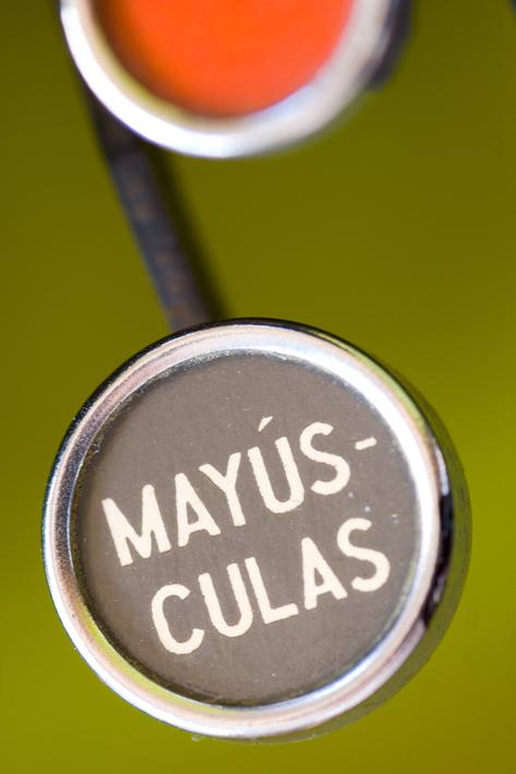 conmayusculas